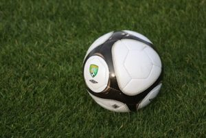 """USL 2009 Soccer Ball (wallpaper)"" (CC BY 2.0) by wjarrettc"